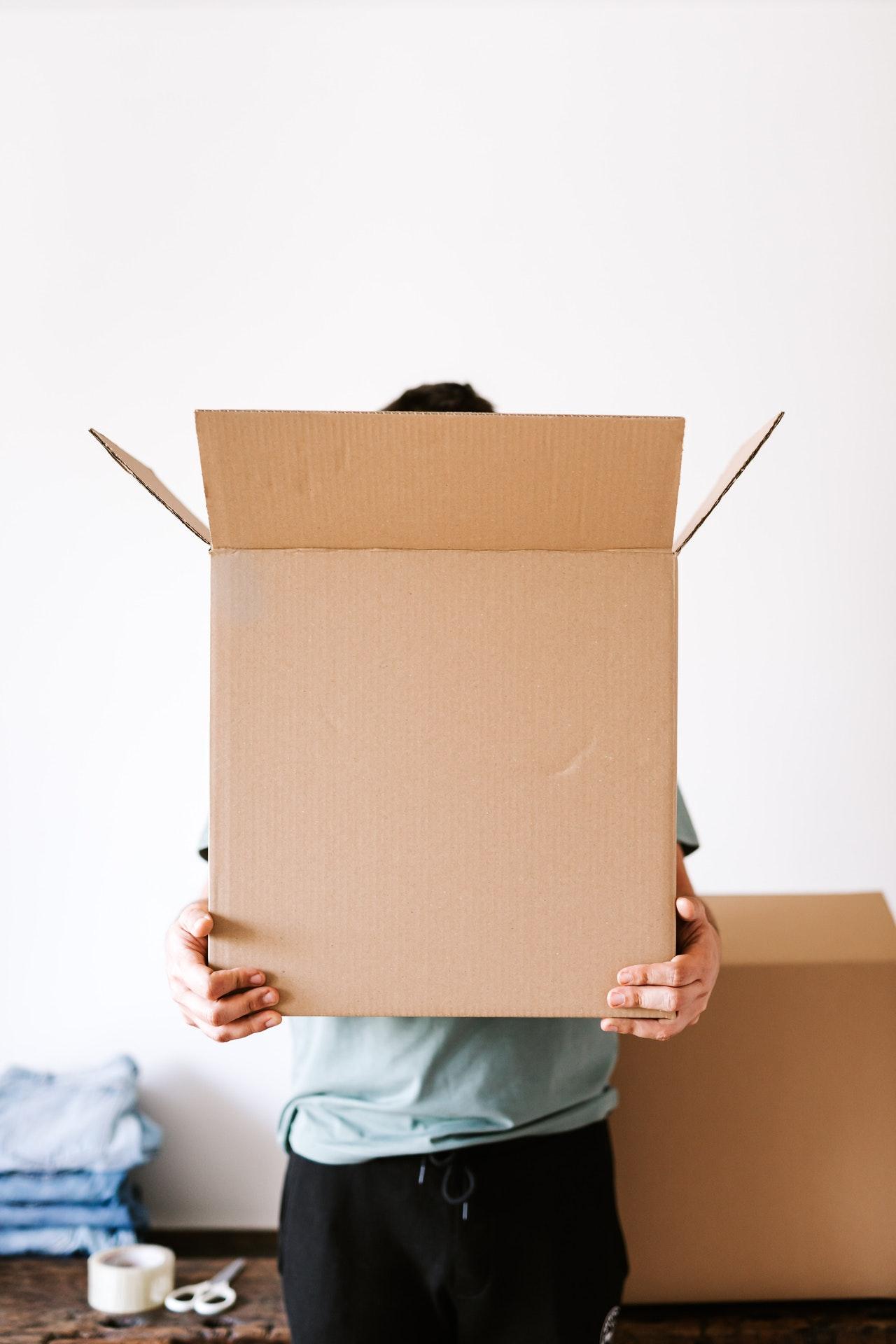 pudło kartonowe